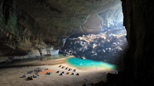 The Ogbunike Caves, Nature's World Wonder in Nigeria!